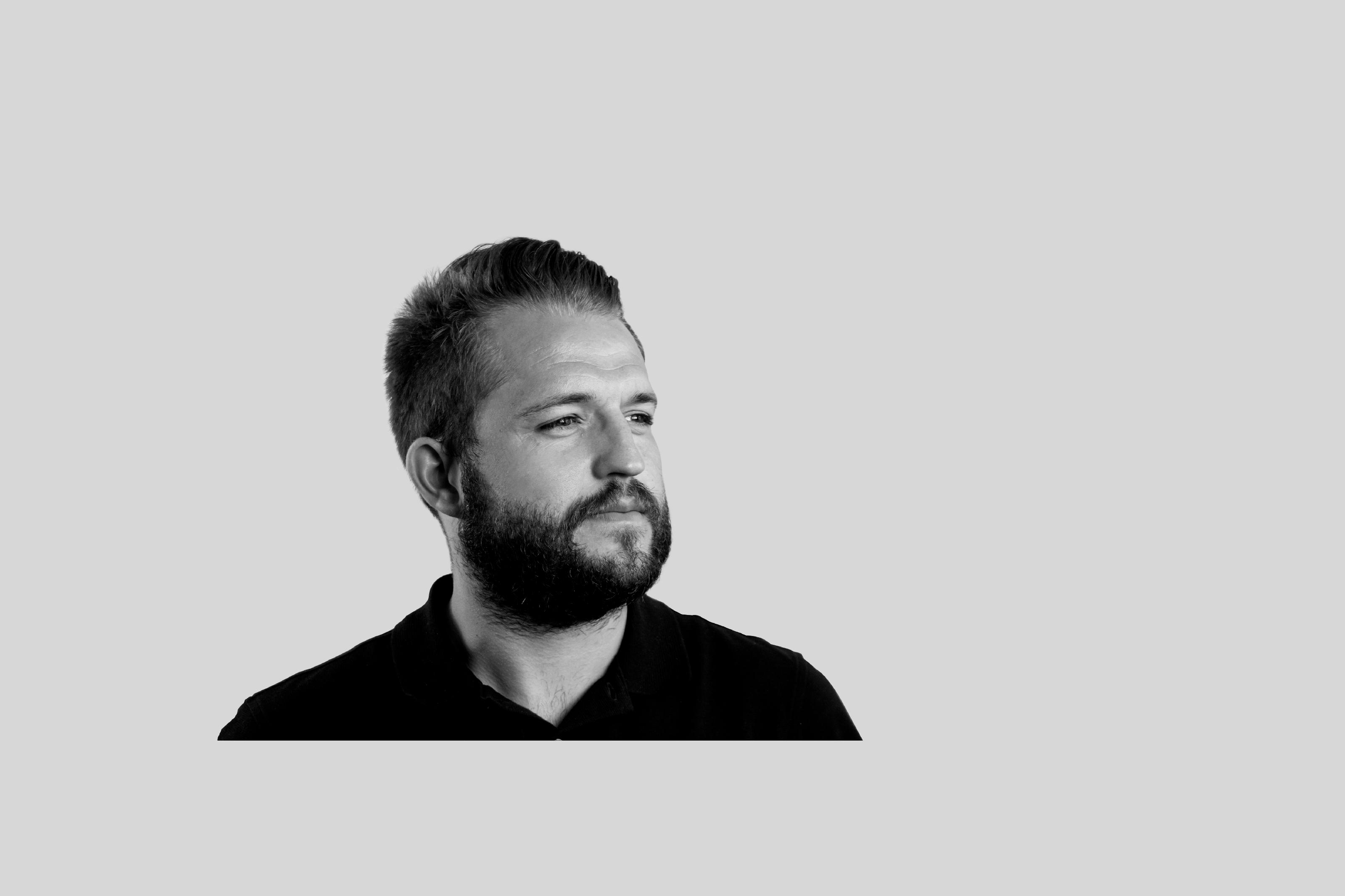 Portrait Valentin Pioud, Directeur artistique Social Media